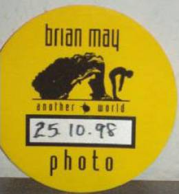 London 25.10.1998 photo pass