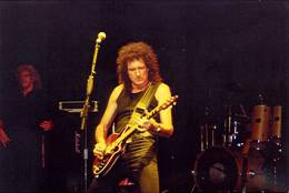 Guest appearance: Brian May live at the Opera House, Buxton, UK (Cozy Powell tribute with SAS Band)