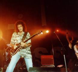 Concert photo: Brian May live at the Rivermead Leisure Complex, Reading, UK (with SAS Band / The Cross) [04.09.1999]
