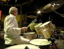 Guest appearance: Brian May + Roger Taylor live at the Parco Novi Sad, Modena, Italy (Pavarotti & Friends)