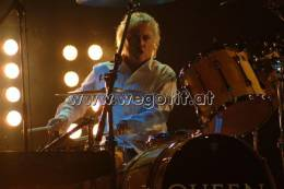 Guest appearance: Brian May + Roger Taylor live at the CCN CongressCenter, Nuremberg, Germany (Wetten, dass...?)