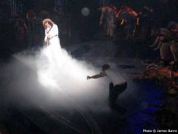 Concert photo: Brian May live at the Dominion Theatre, London, UK (WWRY musical) [11.05.2006]