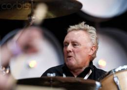 Guest appearance: Roger Taylor live at the Wembley Stadium, London, UK (Live Earth)