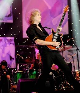 Concert photo: Brian May live at the Hyde Park, London, UK (Proms In The Park) [11.09.2010]