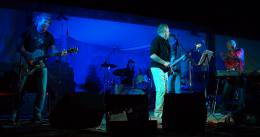 Guest appearance: Roger Taylor live at the Pappy & Harriet's Pioneertown Palace, Pioneertown, CA, USA (with SAS Band)