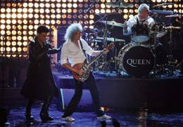 Guest appearance: Queen + Adam Lambert live at the Odyssey Arena, Belfast, UK (MTV EMA Awards)