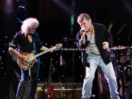 Concert photo: Brian May live at the Royal Albert Hall, London, UK (The Sunflower Jam) [16.09.2012]