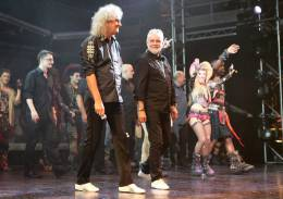 Concert photo: Brian May live at the Dominion Theatre, London, UK (WWRY musical) [31.05.2014]