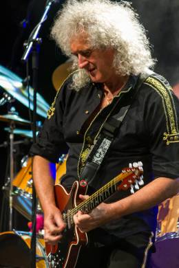 Concert photo: Brian May live at the Magma Arts & Congress Hall, Costa Adeje, Tenerife, Spain (Starmus festival with Rick Wakeman) [26.09.2014]