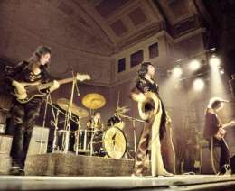 Concert photo: Queen live at the Stadium, Liverpool, UK [17.11.1973]