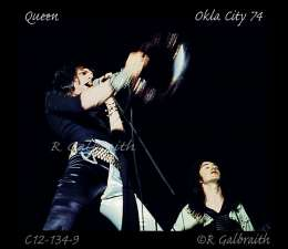 Concert photo: Queen live at the Fairgrounds Appliance Building, Oklahoma City, OK, USA [19.04.1974]