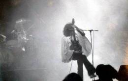 Concert photo: Queen live at the Tower Theatre, Philadelphia, PA, USA [01.02.1976]