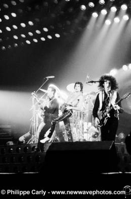 Concert photo: Queen live at the Forest National, Brussels, Belgium [27.01.1979]