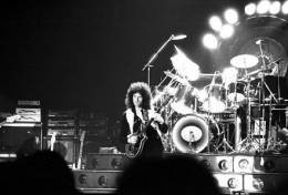 Concert photo: Queen live at the Ahoy Hall, Rotterdam, The Netherlands [29.01.1979]