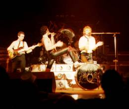 Concert photo: Queen live at the City Hall, Newcastle, UK [03.12.1979]