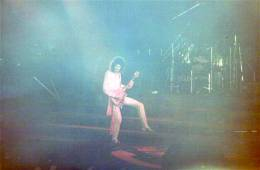 Concert photo: Queen live at the Groenoordhallen, Leiden, The Netherlands [20.09.1984]