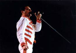 Concert photo: Queen live at the Nepstadion, Budapest, Hungary [27.07.1986]