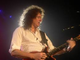 Concert photo: Queen + Paul Rodgers live at the Palacio De Deportes, Madrid, Spain [01.04.2005]