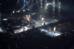 Concert photo: Queen + Paul Rodgers live at the Palalottomatica, Rome, Italy [04.04.2005]