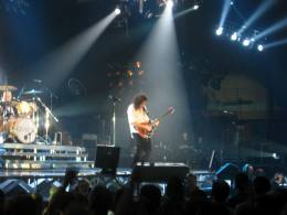Concert photo: Queen + Paul Rodgers live at the St. Jakobshalle, Basel, Switzerland [10.04.2005]
