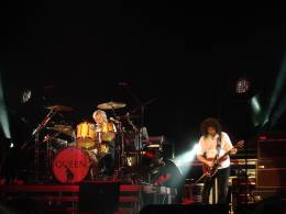 Concert photo: Queen + Paul Rodgers live at the Stadthalle, Vienna, Austria [13.04.2005]