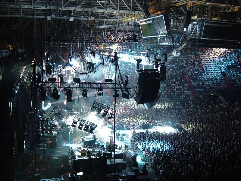 Queen + Paul Rodgers - Royal Wedding