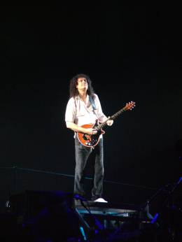 Concert photo: Queen + Paul Rodgers live at the Sazka Arena, Prague, Czech Republic [16.04.2005]