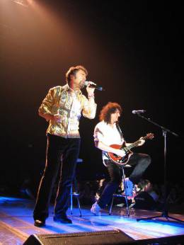 Concert photo: Queen + Paul Rodgers live at the The Point, Dublin, Ireland [14.05.2005]