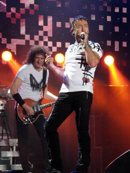 Concert photo: Queen + Paul Rodgers live at the Arena, Budapest, Hungary [28.10.2008]