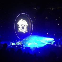 Concert photo: Queen + Adam Lambert live at the United Center, Chicago, IL, USA [19.06.2014]