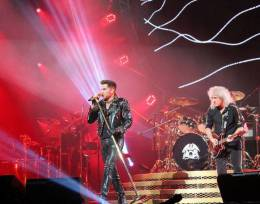 Concert photo: Queen + Adam Lambert live at the American Airlines Center, Dallas, TX, USA [10.07.2014]