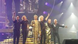Concert photo: Queen + Adam Lambert live at the Mohegan Sun Arena, Uncasville, CT, USA [25.07.2014]