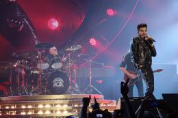 Concert photo: Queen + Adam Lambert live at the O2 Arena, Prague, Czech Republic [17.02.2015]