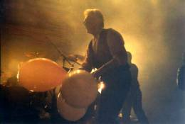 Concert photo: Roger Taylor live at the Astoria Theatre, London, UK [03.04.1999]