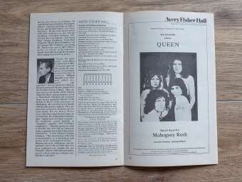 Queen Sheer Heart Attack tour playbill - Avery Fisher Hall, New York 1975