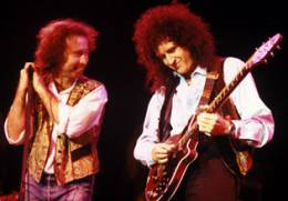 Guest appearance: Brian May live at the Kentish Town Forum, London, UK (with Paul Rodgers)