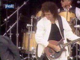 Guest appearance: Brian May + Roger Taylor live at the Hyde Park, London, UK (Party In The Park)