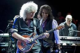 Guest appearance: Brian May live at the Royal Albert Hall, London, UK (The Sunflower Jam)
