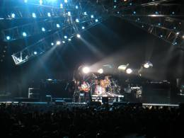 Concert photo: Queen + Paul Rodgers live at the Color Line Arena, Hamburg, Germany [28.04.2005]