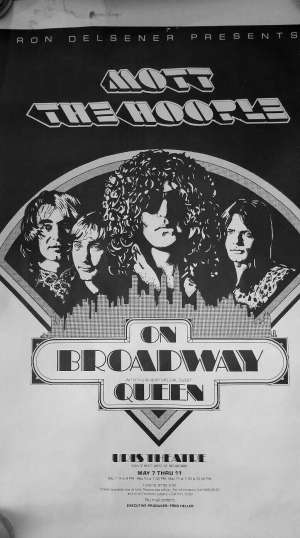 Poster - Queen with Mott The Hoople live in New York 1974